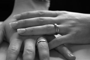 128009-wedding-rings-and-engagement-rings-4